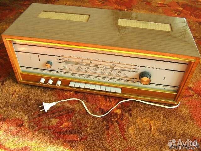 ECC83 стерео ресивер RFT
