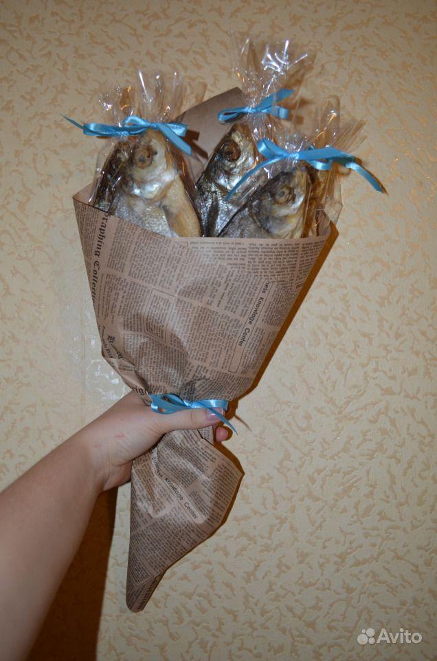 Поздравление к подарку букет из рыбы