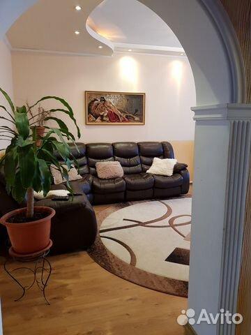 House of 100 m2 on plot 12 hundred.