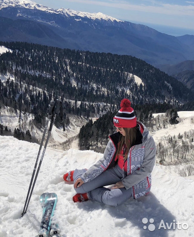 Костюм горнолыжный Roxy купить в Москве на Avito — Объявления на ... fb88daed9a5