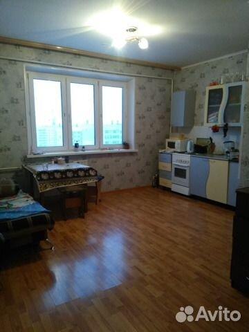 Продается двухкомнатная квартира за 1 780 000 рублей. Челябинская область, улица Калинина, 14.