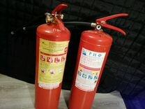 Огнетушитель порошковый и углекислотный